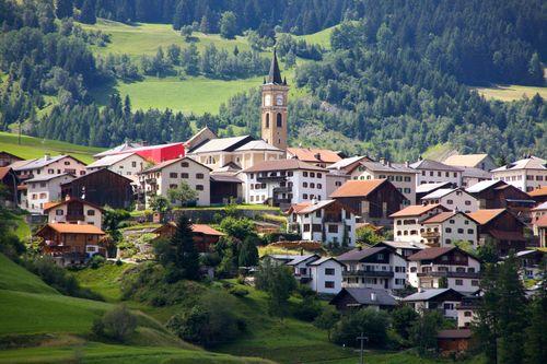Switzerland_Low_9683