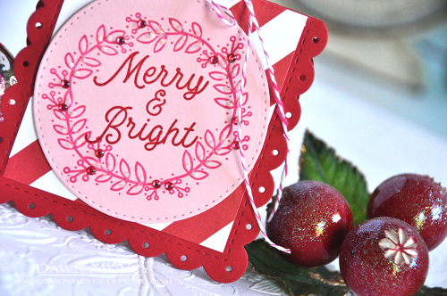 Berry Wreath Merry & Bright3