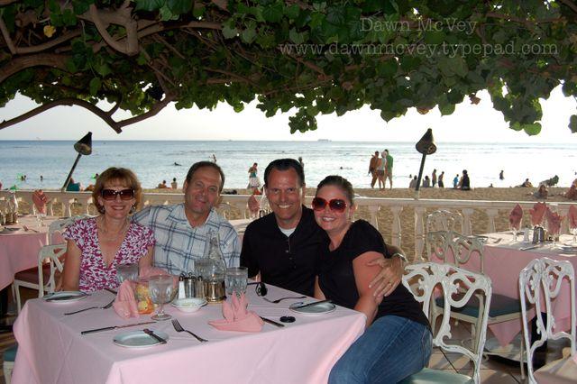Dinner w/Lynn & John